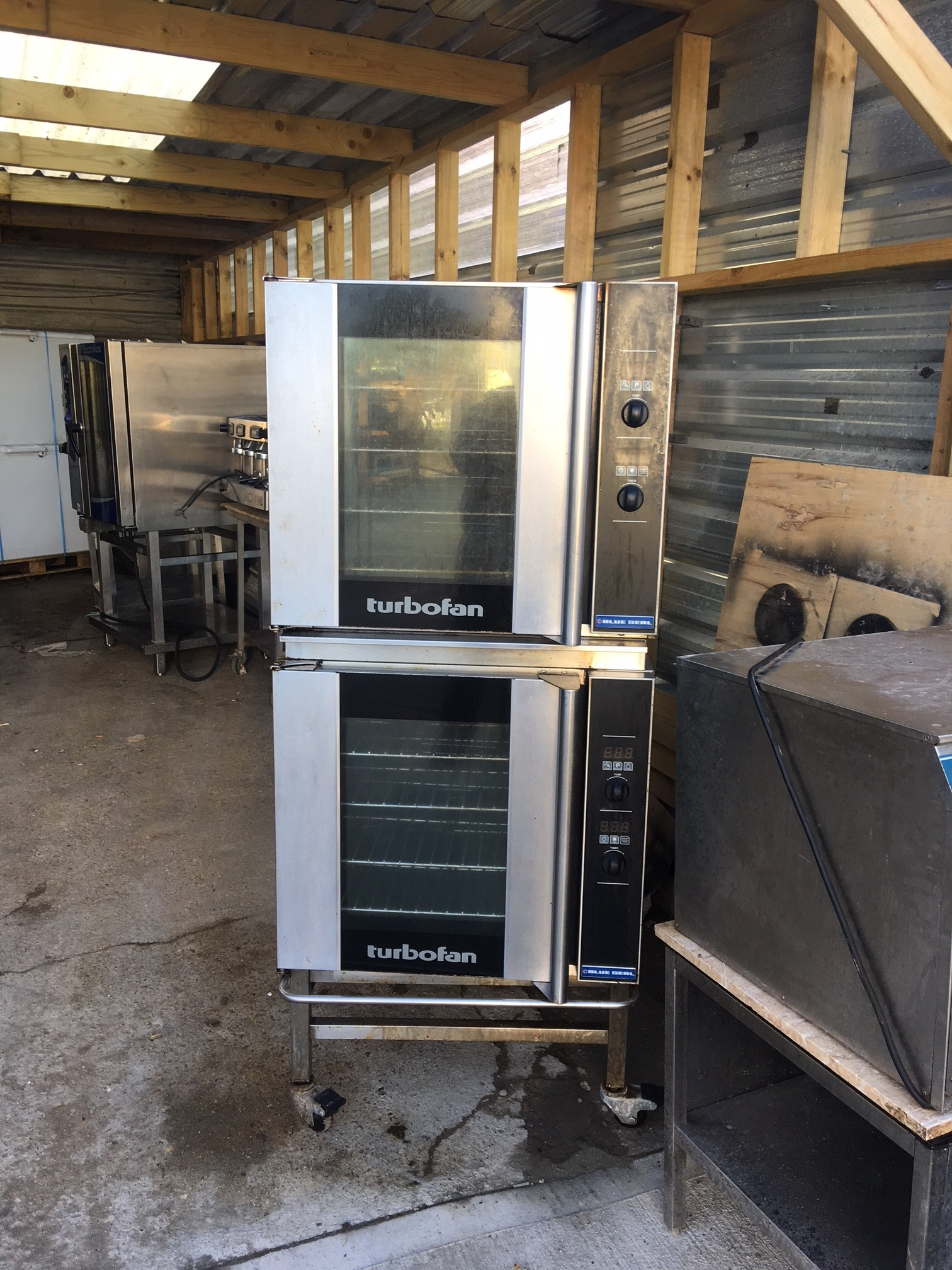 Blue Seal Turbofan Double Stacked Oven E32d4 Single Phase