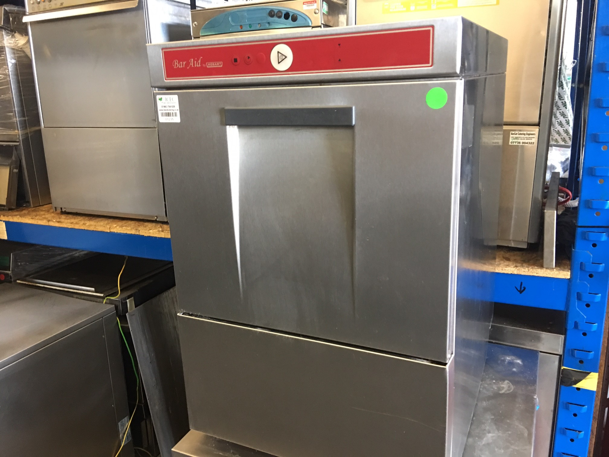 Bar aid Undercounter Small Glass washer Model – 400 10 n by Hobart